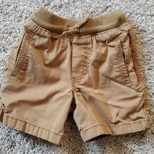 2T boys tan shorts